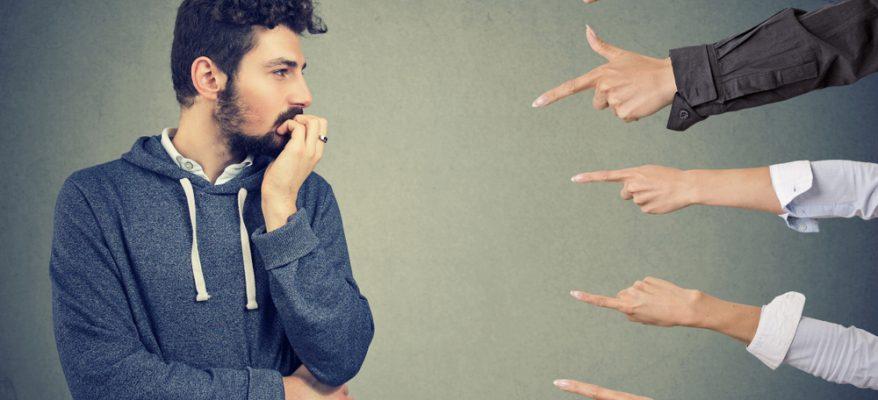 paura del giudizio degli altri
