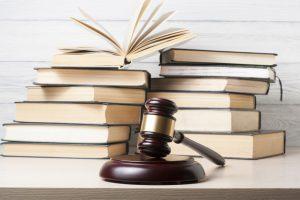 lavori laureati giurisprudenza